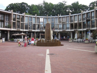 Washington Plaza at Lake Anne, by James Rossant - photo Leah Winerman